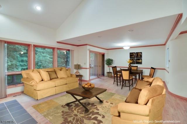 31 Roberts Cir, Bernards Twp., NJ 07920 (MLS #3410142) :: The Dekanski Home Selling Team