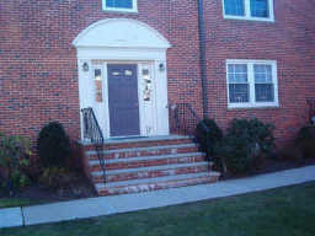 390 Morris Ave, Summit City, NJ 07901 (MLS #3410414) :: The Sue Adler Team