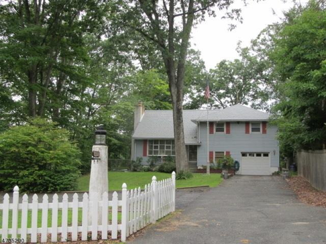 3 Croft Rd, Jefferson Twp., NJ 07849 (MLS #3411031) :: The Dekanski Home Selling Team