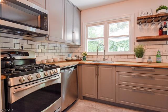 20 Cornell St, West Orange Twp., NJ 07052 (MLS #3412408) :: Keller Williams MidTown Direct