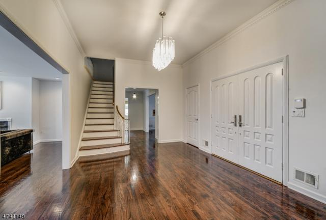 22 Fordham Rd, Livingston Twp., NJ 07039 (MLS #3413158) :: The Dekanski Home Selling Team