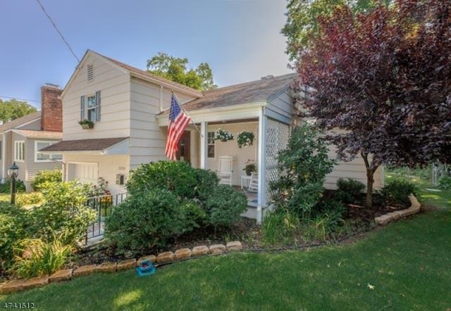 2420 Longfellow Ave, Scotch Plains Twp., NJ 07076 (MLS #3413515) :: The Dekanski Home Selling Team