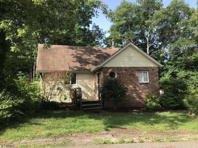 33 Vista Rd, West Milford Twp., NJ 07480 (MLS #3413555) :: The Dekanski Home Selling Team