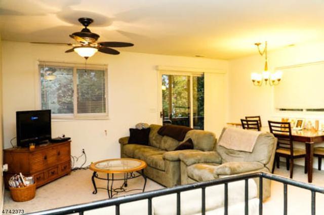 7 Deer Valley Ln, Unit 1 #1, Vernon Twp., NJ 07462 (MLS #3414833) :: The Dekanski Home Selling Team
