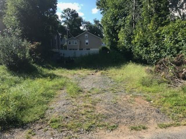 17 W Shore Rd, Denville Twp., NJ 07834 (MLS #3416561) :: The Dekanski Home Selling Team
