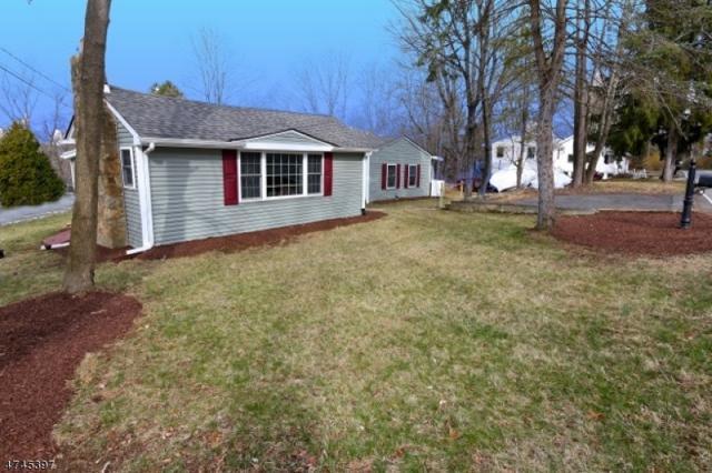 145 Park Ave, Randolph Twp., NJ 07869 (MLS #3417210) :: The Dekanski Home Selling Team