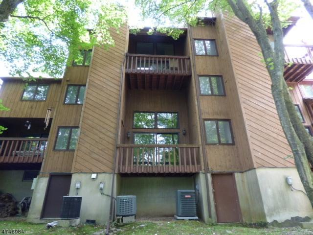 13 Village Way, Unit 2, Vernon Twp., NJ 07462 (MLS #3418562) :: The Dekanski Home Selling Team