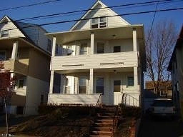 90 Merselis Ave, Clifton City, NJ 07011 (MLS #3419296) :: Pina Nazario