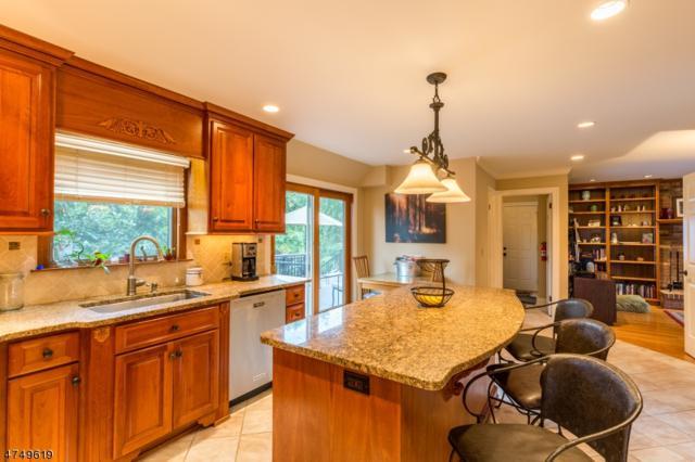 55 Sand Hill Rd, Raritan Twp., NJ 08822 (MLS #3421969) :: The Dekanski Home Selling Team