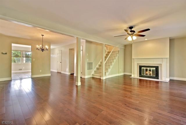 147 Saddleback Ct, Sparta Twp., NJ 07871 (MLS #3422154) :: The Dekanski Home Selling Team