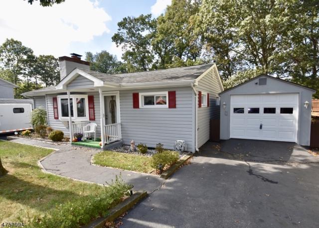 209 S Maryland Ave, Jefferson Twp., NJ 07849 (MLS #3422234) :: The Dekanski Home Selling Team