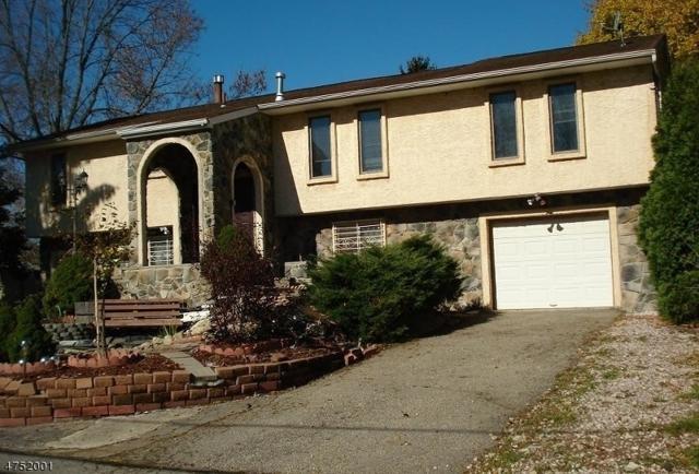 107 Nj Highway 57, Hackettstown Town, NJ 07840 (MLS #3423320) :: The Dekanski Home Selling Team