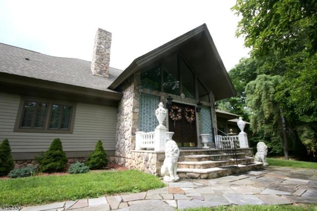752 W Shore Dr, Kinnelon Boro, NJ 07405 (MLS #3423528) :: The Dekanski Home Selling Team