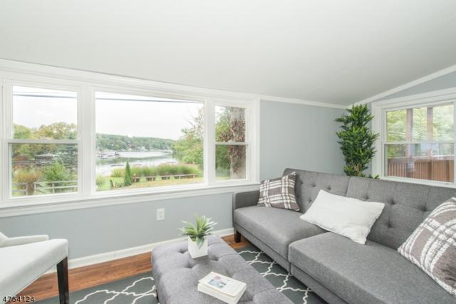 42 Brady Rd, Jefferson Twp., NJ 07849 (MLS #3425181) :: The Dekanski Home Selling Team