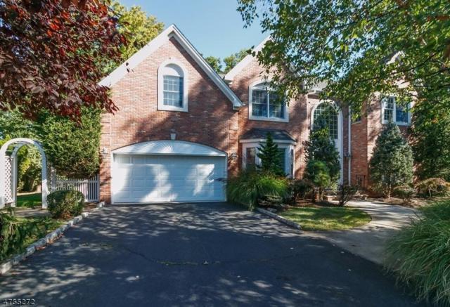 8 Max Pl, Westfield Town, NJ 07090 (#3426269) :: Daunno Realty Services, LLC