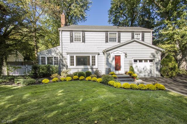 137 Blackburn Rd, Summit City, NJ 07901 (MLS #3426498) :: Keller Williams MidTown Direct