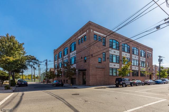 88 Saint Francis St, Newark City, NJ 07105 (MLS #3427919) :: The Dekanski Home Selling Team