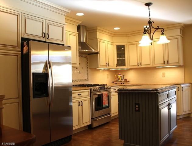 12 Lenox Ct, Montville Twp., NJ 07045 (MLS #3429730) :: SR Real Estate Group
