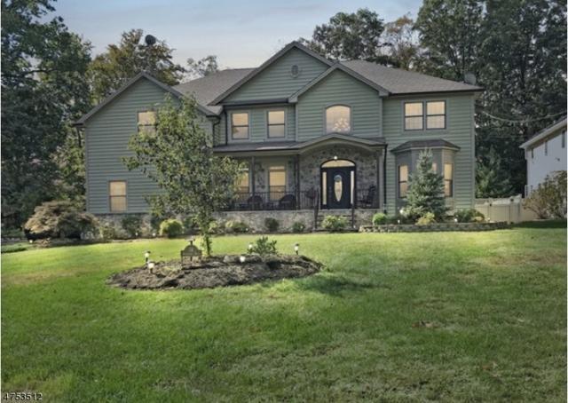 34 Woodland Rd, Clark Twp., NJ 07066 (#3430935) :: Daunno Realty Services, LLC