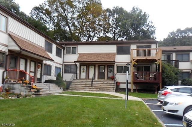 1907 Stonegate Ln, Stanhope Boro, NJ 07874 (MLS #3431092) :: The Dekanski Home Selling Team