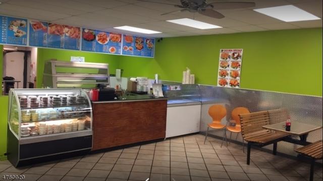 1195 St George Ave, Woodbridge Twp., NJ 07067 (#3431488) :: Daunno Realty Services, LLC