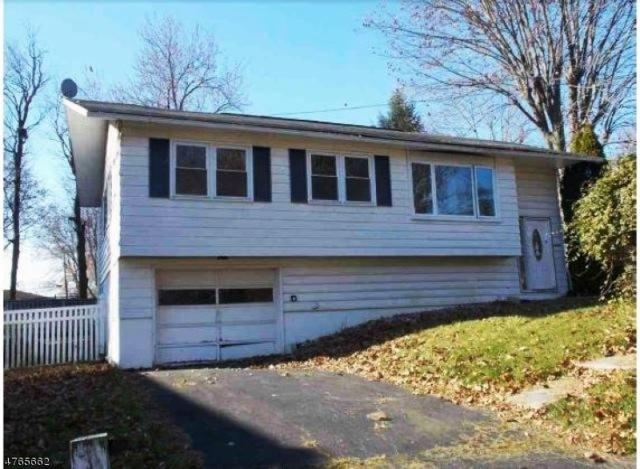 414 S 2nd St, Lopatcong Twp., NJ 08865 (MLS #3435784) :: Keller Williams Midtown Direct