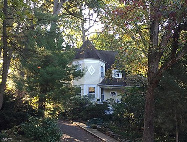 72 Mountain Ave, Summit City, NJ 07901 (MLS #3439861) :: SR Real Estate Group