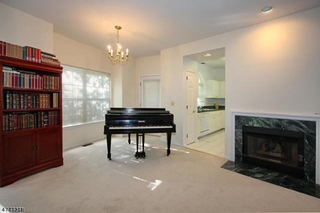 1703 Rosemont Ln, Hanover Twp., NJ 07981 (MLS #3440925) :: SR Real Estate Group