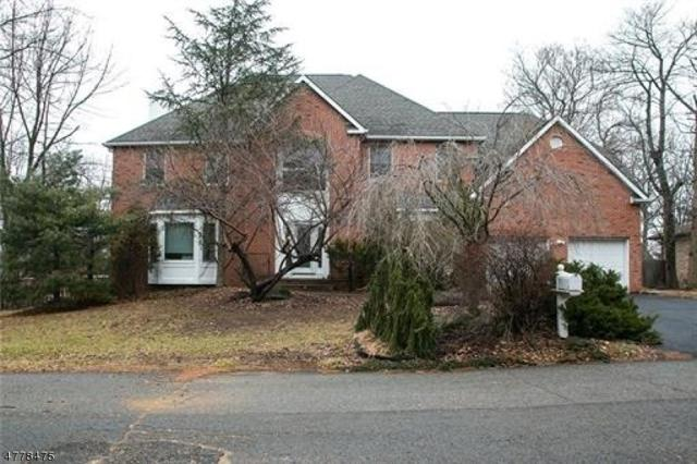 18 Cutter Ave, Edison Twp., NJ 08820 (#3446986) :: Daunno Realty Services, LLC