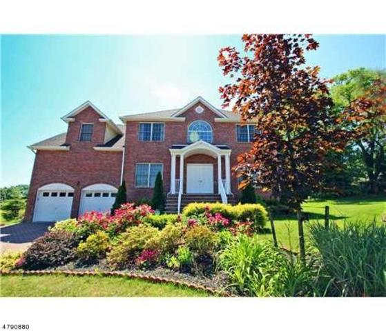 33 Melbloum Ln, Edison Twp., NJ 08837 (MLS #3458235) :: SR Real Estate Group