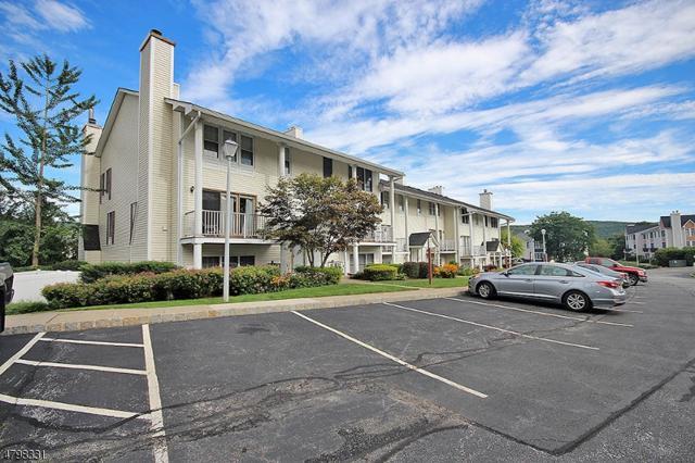 10 Amherst Ct #10, Hamburg Boro, NJ 07419 (MLS #3465255) :: The Dekanski Home Selling Team