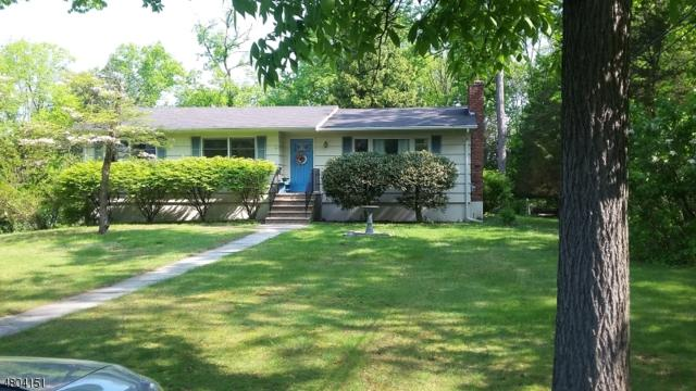 23 Pepper Rd, Montville Twp., NJ 07082 (MLS #3470648) :: William Raveis Baer & McIntosh