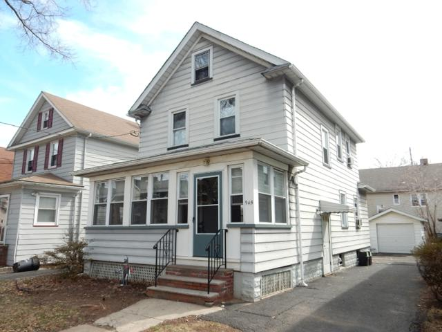 945 Jaques Ave, Rahway City, NJ 07065 (#3471496) :: Daunno Realty Services, LLC
