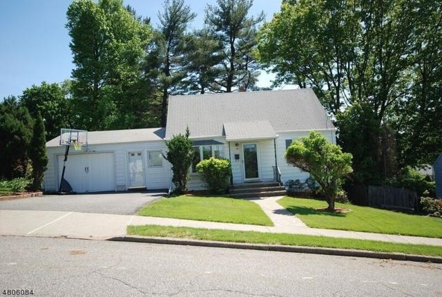 90 Williams Dr, Woodland Park, NJ 07424 (MLS #3473031) :: Pina Nazario