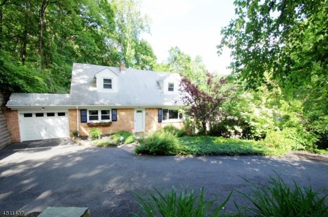 72 Truman Blvd, Oakland Boro, NJ 07436 (MLS #3477429) :: The Dekanski Home Selling Team