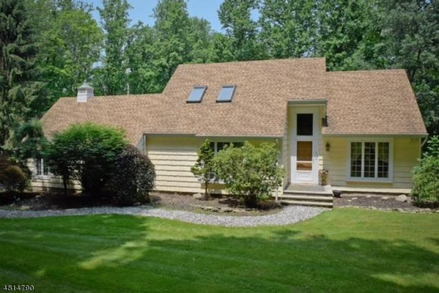 31 Bountiful Dr, Allamuchy Twp., NJ 07840 (MLS #3481508) :: Jason Freeby Group at Keller Williams Real Estate