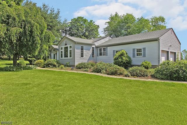 204 Cokesbury Rd, Tewksbury Twp., NJ 08833 (MLS #3481801) :: Jason Freeby Group at Keller Williams Real Estate