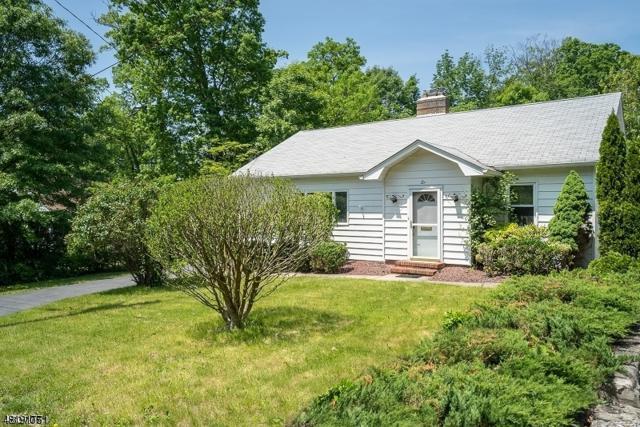 6 Hillside Ter, Wayne Twp., NJ 07470 (MLS #3484689) :: SR Real Estate Group