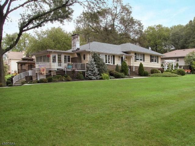 900 Lake Ave, Clark Twp., NJ 07066 (#3485396) :: Daunno Realty Services, LLC