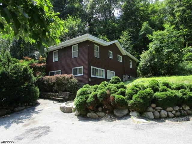18 Decker Pond Rd, Vernon Twp., NJ 07461 (MLS #3487758) :: SR Real Estate Group