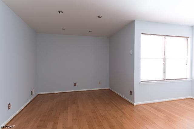 969 Valley St, Union Twp., NJ 07088 (MLS #3489110) :: The Dekanski Home Selling Team