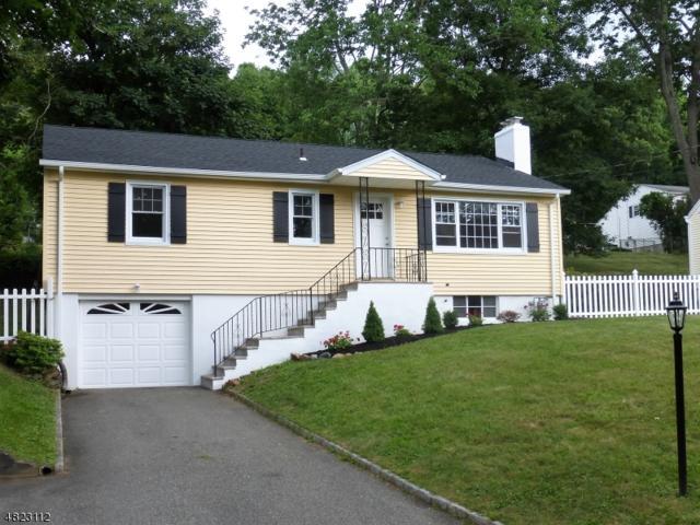 26 Adams Drive, Denville Twp., NJ 07834 (MLS #3489393) :: The Dekanski Home Selling Team