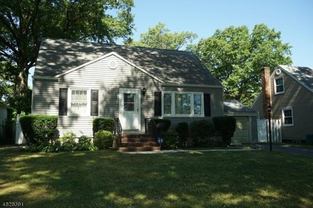 214 Villa Pl, Rahway City, NJ 07065 (MLS #3493233) :: The Dekanski Home Selling Team