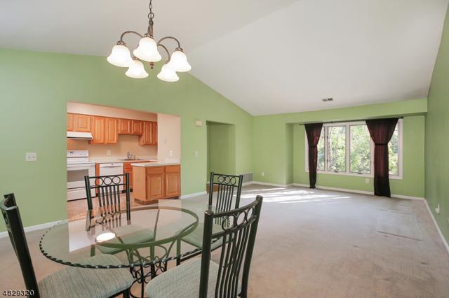 52 Westchester Terrace, Clinton Twp., NJ 08801 (MLS #3494132) :: RE/MAX First Choice Realtors