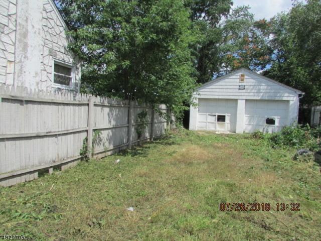 16 John St, Carteret Boro, NJ 07008 (MLS #3494506) :: Zebaida Group at Keller Williams Realty