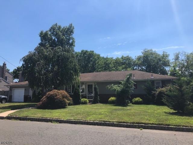 19 Crestwood Ln, Clark Twp., NJ 07066 (MLS #3495630) :: SR Real Estate Group
