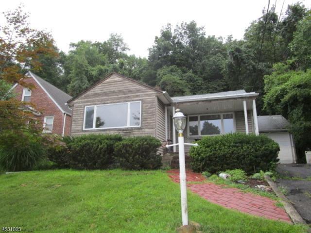 510 Valley Rd, Clifton City, NJ 07013 (MLS #3495662) :: Pina Nazario