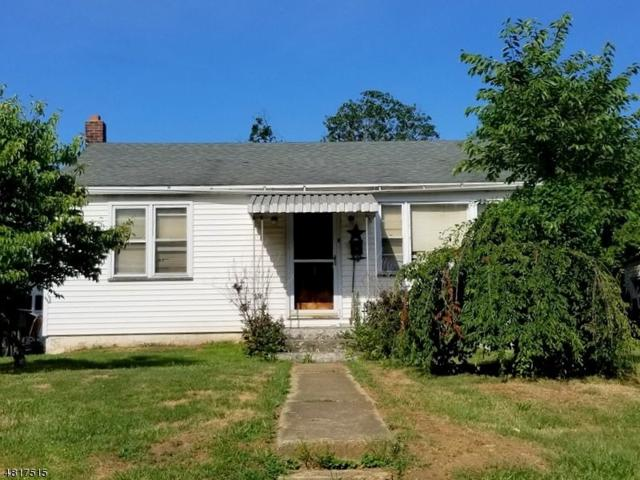 335 S 6Th St, Lopatcong Twp., NJ 08865 (MLS #3495972) :: Jason Freeby Group at Keller Williams Real Estate