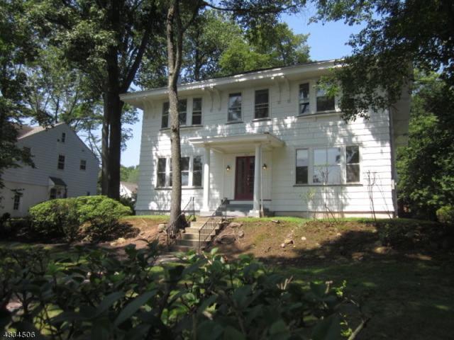 267 Gregory Ave, West Orange Twp., NJ 07052 (MLS #3498870) :: William Raveis Baer & McIntosh