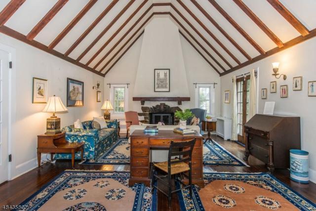 5 Clearview Ter, West Orange Twp., NJ 07052 (MLS #3507572) :: The Dekanski Home Selling Team